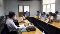 ประชุมกลุ่มย่อย หารือเกี่ยวกับโครงการเขตปลอดโรคปากและเท้าเปื่อยในเขต 2 ณ ศูนย์วิจัยและพัฒนาการสัตวแพทย์ ภาคตะวันออก จ.ชลบุรี 7/3/57